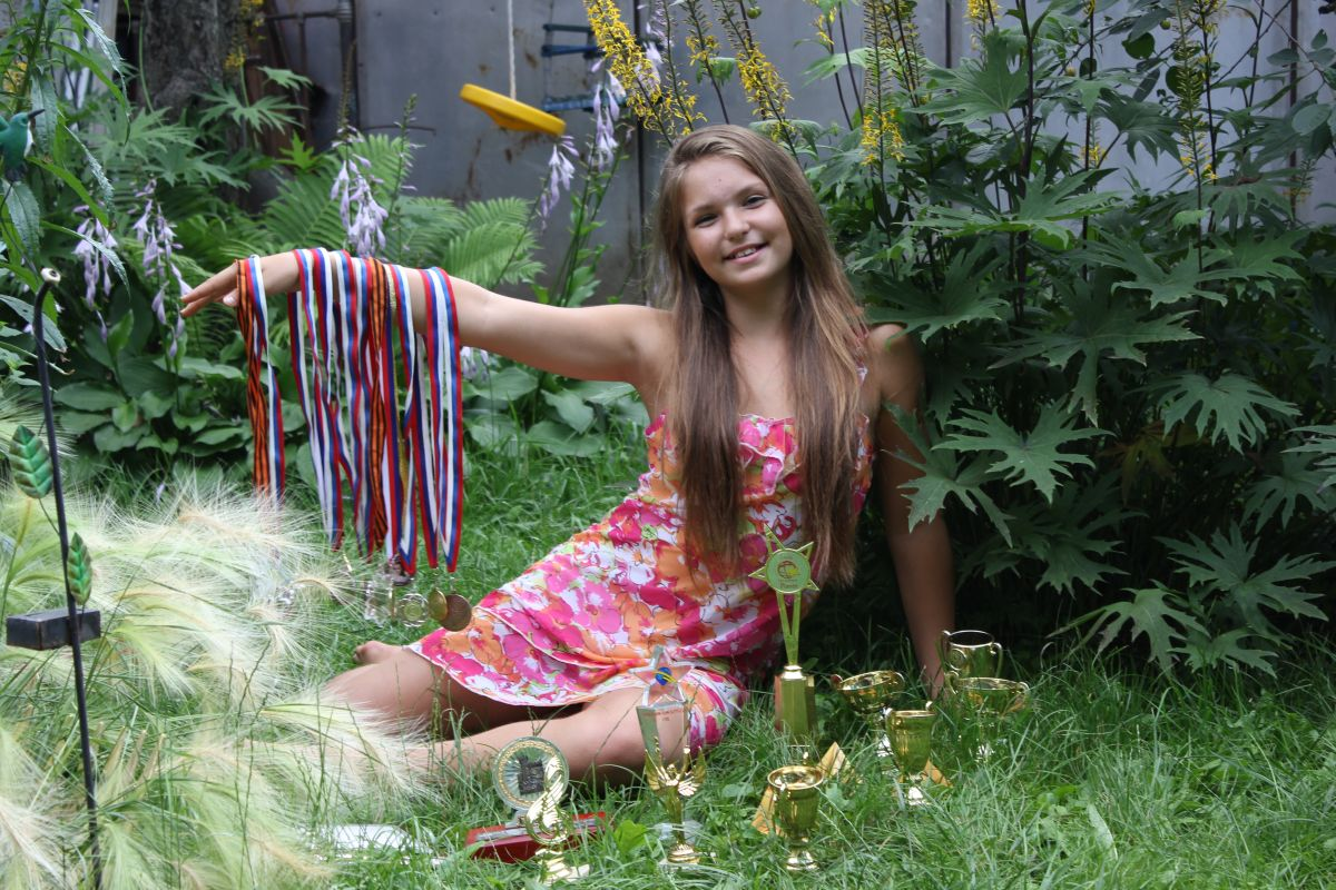 Юная русская красавица онлайн 1 фотография